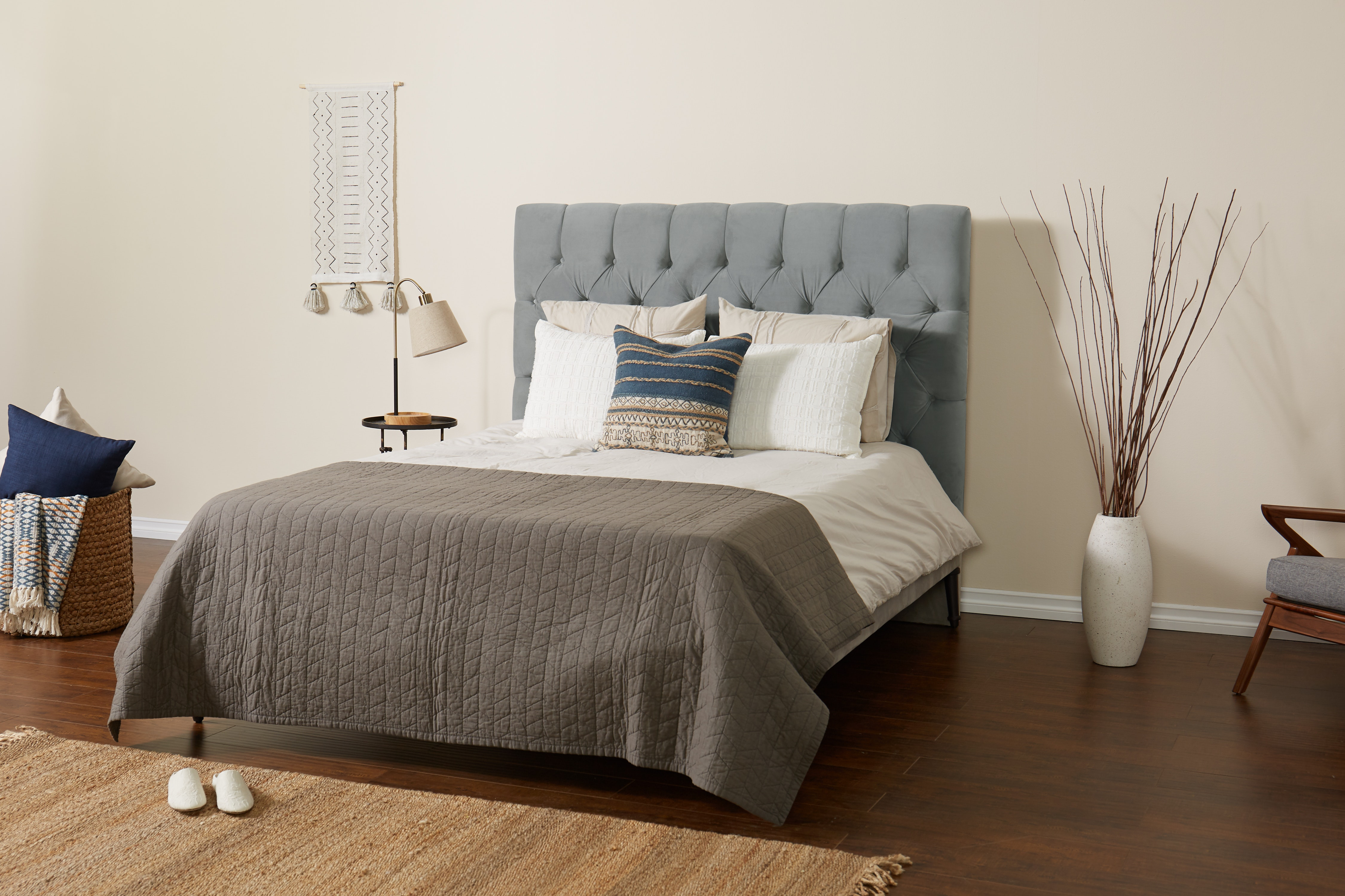 Helmsworth Bed Royale Ash